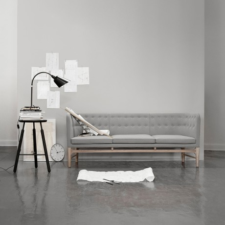 &tradition AJ sofa 0469_h+©j