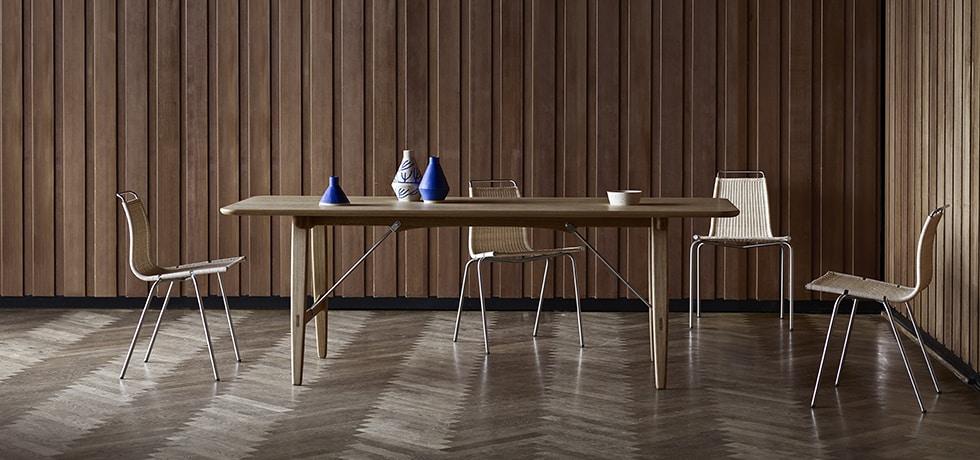 Børge Mogensen's elegant Hunting Table