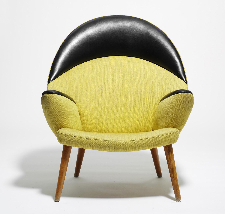 Upholstered Peacock Chair – PP M¸bler